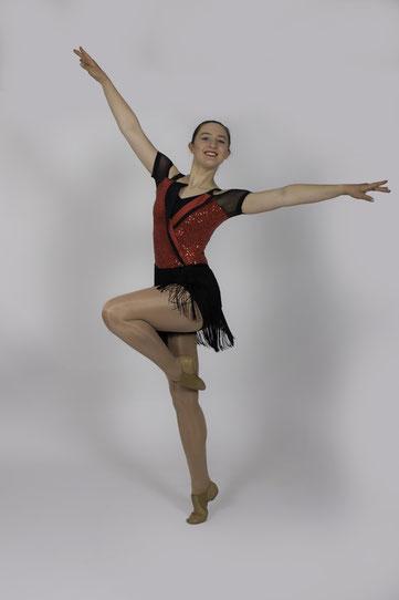 teen dancing, learn dancing in Toowoomba, keep dancing, ballet dance, jazz studio, learning jazz