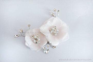 Tocado de novia, aplique de novia, tocado de flores, flores de tela