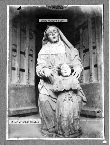 Photo prise par François Boyer au moment de la découverte de la statue.