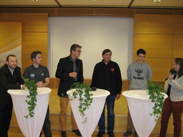 Bei der Podiumsdiskussion: Marco Lutz (von links), Arne Chorengel, Hajo Rosenbrock, Manfred Wille, Christoph Moll und Bianca Grewe