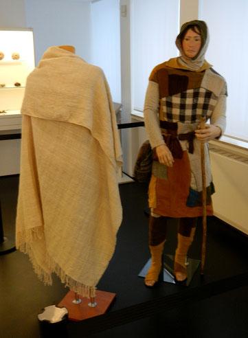 Nachwebung des Manteltuchs vom Bernuthsfeld Mann für das Ostfriesische Landesmuseum aus meiner Werkstatt