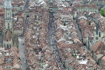 Eine unglaubliche Stimmung in den Gassen von Bern