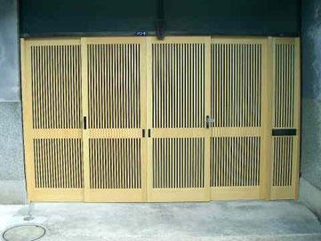 木製玄関引戸