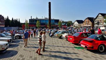 NOSW Niederrhein Classic 2018 Rathausplatz Voerde Ernsting Cafe Flair