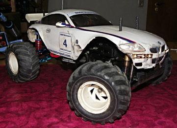 Tamiya Dual Hunter mit BMW z4 M Karosserie