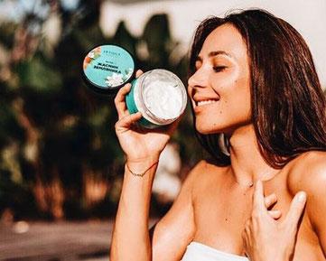 Zielgruppe Letique Cosmetics - für wen geeignet? hier junge Frau