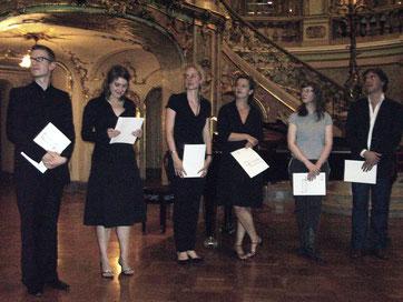 Bei der Preisverleihung am 1.7.2007 im Staatstheater Wiesbaden, Johannes Gleim, Daniela Juckel, Julia Müer, Katharina Thoma, Madeleine Boyd, Alessandro Talevi