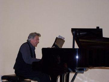 Klavierunterricht Klavier Flügel. Konzert von Ronald Poelman in Oldenburg