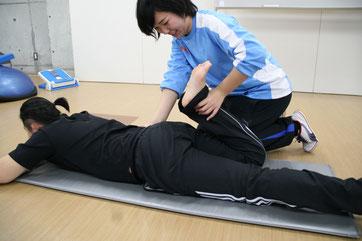 太もも前の柔軟性テスト
