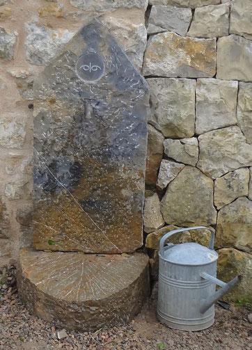 robinet-fontaine-pierre-rustique-naturelle-cotignac-var-83-vente
