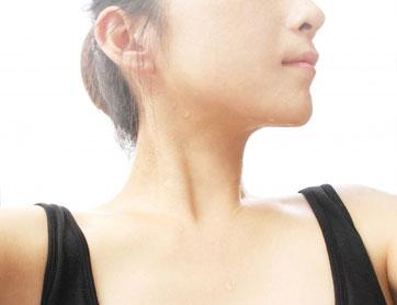 のどの不調が長引く原因は頚椎のねじれ