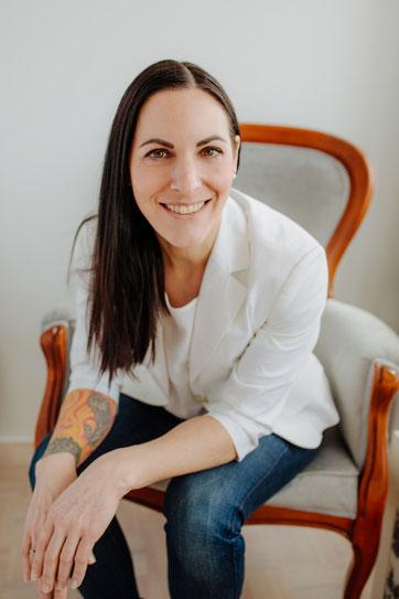 Eva Hochstrasser