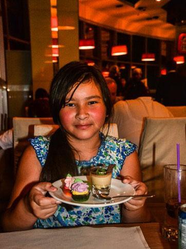 Süßer Nachtisch im Baiyoke Sky Hotel