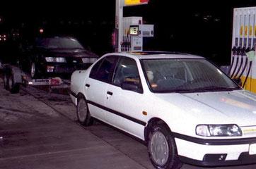 Nissan Primera 2.0 SLX 1993. Im Schlepptau: Die Alpine A 310, mit der alles begann...