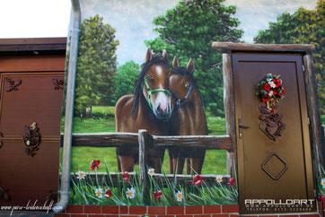 Fassenmalerei Tiermotiv Pferd mit Airbrusch gemalt und Dose gesprayt