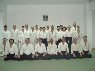 Visite du Dojo en Grèce à Athènes le lundi 19 Mars 2012 Séance Aikido dirigée par le Sensei Eamonn Devlin 5 ème Dan Aikikai