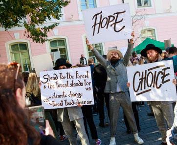 Klimaprotester i Estalnds hovedstad Tallinn