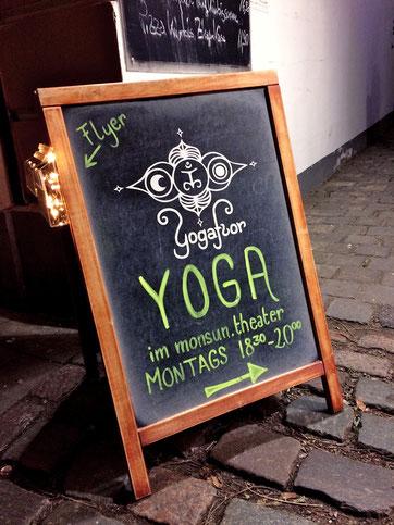 YOGAFLOR Aufsteller, Florentine Freytag- Hatha Yoga in Altona/ Ottensen