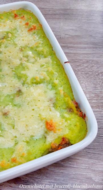 Ovenschotel met broccoli-bloemkoolsaus