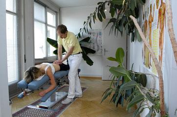 Drop Table Technik: Mobilisationstechnik vom Beckengelenk