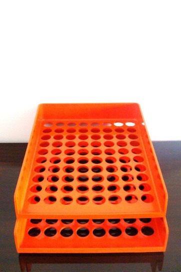 Bannettes de bureau orange années 70