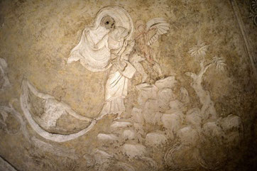 Catino dell'abside, Saffo si getta dalla rupe di Leucade spinta da Eros