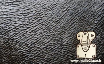Cuir d'elephant malle vuitton