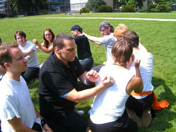 Unsere Kung Fu Schule in Köln Ehrenfeld bietet Kampfkunst Training für Kinder, Jugendliche , Erwachsene.