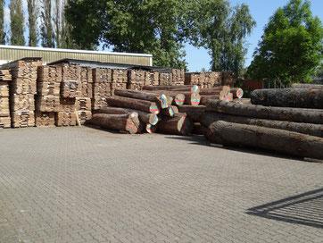 Cropp Hamburg Aussenlager, Rundholz, Schnittholz, Blockware, logs, lumber