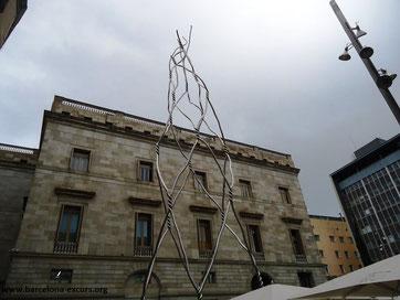 Уличная скульптура Барселоны. Посвящение кастельерам