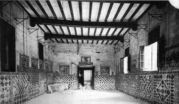 Больница Святого Креста (старые корпуса), где умирал Антонио Гауди