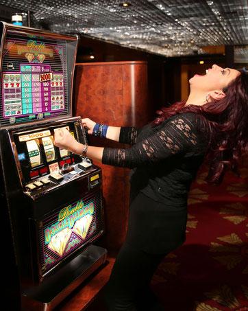 Faîtes vos jeux... Idée de casino pour divertir vos invités !
