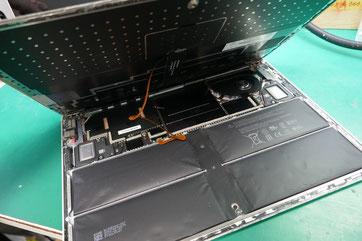 Surface Laptopバッテリー膨張交換