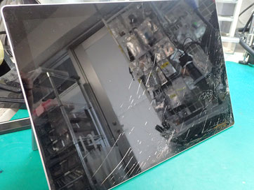 surfacePro7画面割れ液晶交換