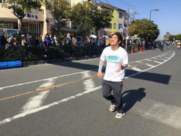つる太郎さん ゴール直前の激走 着実に進歩しています!