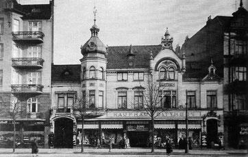 1926 haben die Brüder Dittmer das Geschäft gekauft. Ich habe eine sehr persönliche Beziehung zu diesem Kaufhaus.