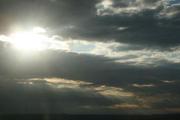 Hell und Dunkel, Gut und Böse sind oft enge Nachbarn (Lichtsturm)