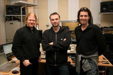 Hansi Kürsch (Blind Guardian), Charlie Bauerfeind und Christian Krumm in den Twillight-Studios Grefrath