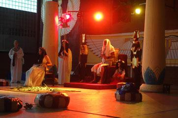 Am Hofe des Pharao Amenemhet I. , Theaterstück während der Kinderstadt Arnsberg 2016
