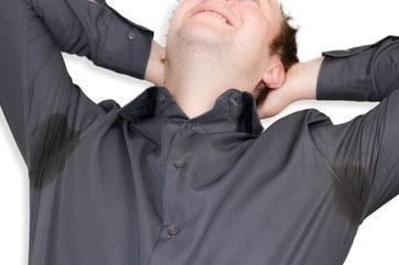 Achselschweiß am Hemd