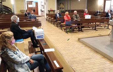 Gemeinderatssitzung in der Kirche
