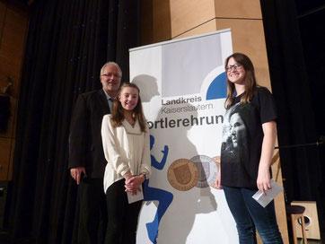 Vereinsvorsitzender Thomas Wansch, Lina Peters, Maja Pelt (v.l.n.r.)