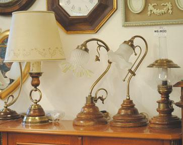 テーブルランプ 照明 シェードランプ イタリア製 カパーニ 古木 照明器具 山小屋 オイルランプ ランタン クラシック エレガント アンティーク家具 CAPANNI