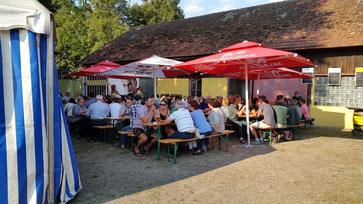 Fischerfest im Brauereigelände Irlbach mit den legendären Fischwürsten