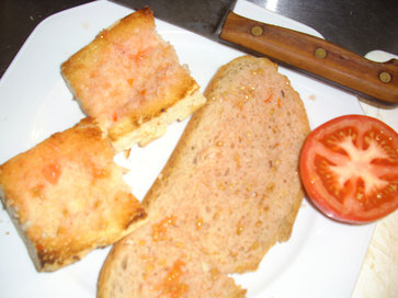 Selbstgemachtes Tomatenbrot