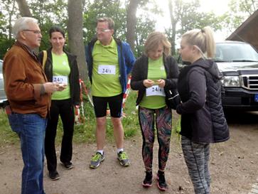 Dr. Zeuner mit Palliativ-Team zum Alteburg-Staffellauf