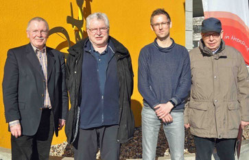 v.l.n.r.: Helmut Uder (stellv. SoVD Kreisvorsitzender), Dr. Karlheinz Eckert (stellv. Vorsitzender SoVD Ahrensburg, Christian Schultz -Sozialreferent des Landesverbands- und Peter Levenhagen-1. Vors.