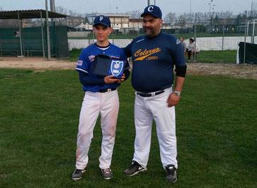 Nella foto Alex Minari premiato come MVP al Torneo Primavera Under 18