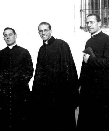 Al centro: Guglielmo Giaquinta, giovane sacerdote
