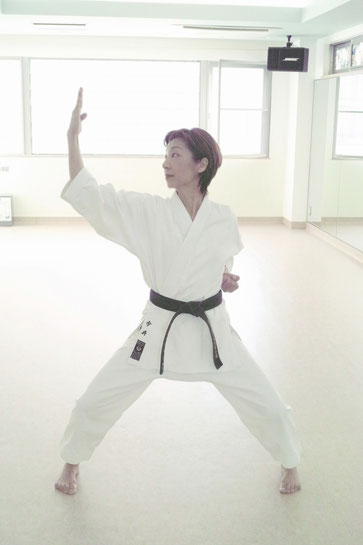 空手ストレッチ 今井敦子 karate stretch imai atsuko lesson1